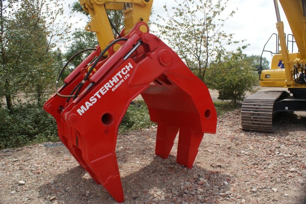 Excavator attachments - Masterhitch